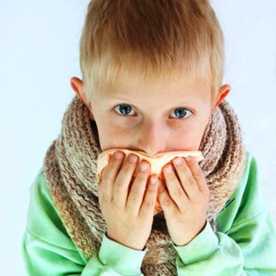 Сильный кашель у маленького ребенка как лечить